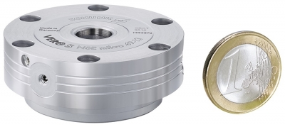 Schunk has developed a completely sealed miniature clamping module specifically for compact applications in the metal cutting industry, a...