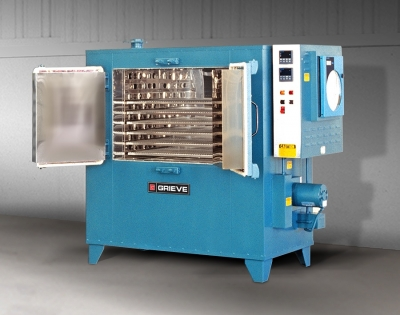 No. 934 is an 850°F (454°C), cabinet oven from Grieve, currently used for heat treating at the customer's facility. Workspa...